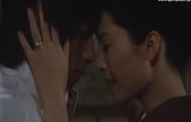 【松坂慶子】ねっとりと睡液を絡ませる濡れ場