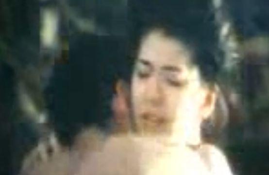 【南野陽子】惜しげもなく裸体をさらした濡れ場