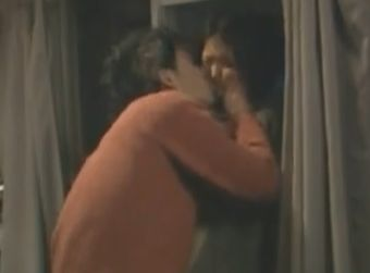 【満島ひかり】強引な愛撫にだんだん興奮してきてしまう濡れ場