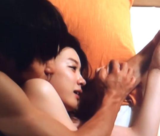 【永野芽郁】体をくっつけたラブシーン