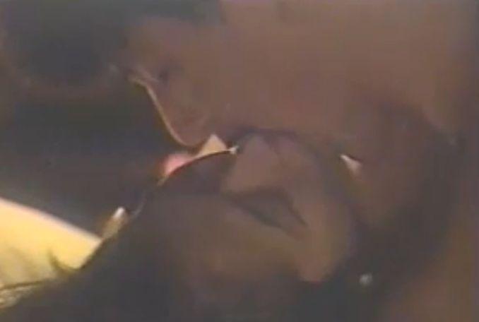 【中森明菜】音を立て激しく唇を吸う濡れ場
