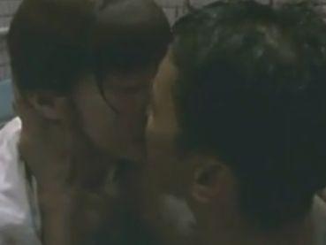 【小沢まゆ】キスの欲求を刺激した濡れ場