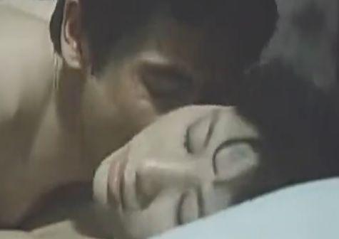 【渡辺良子】柔乳を揺らしながら腰をくねらせていく濡れ場