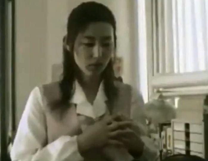 【木村多江】おっぱいを触らせたあと強引に服を脱がせる濡れ場