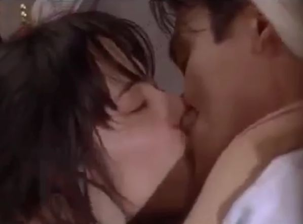 【富田靖子】唇の感触をじっくり味わう濡れ場