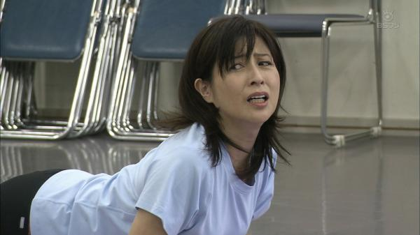 岡安由美子