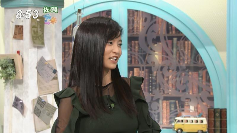 小島瑠璃子