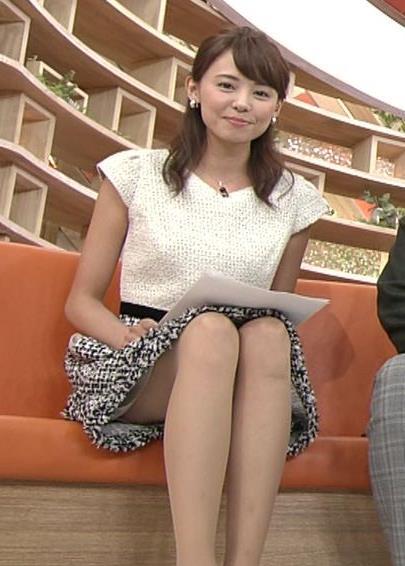 宮澤智のパンツが見えそうなエロい太もも