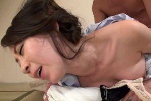 40代美熟女女将のあったかいマンコ犯す無料熟女オメコ動画