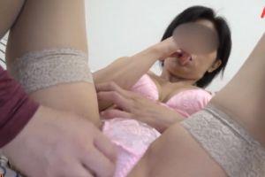 【無修正】40代スレンダー熟女のマンコを激しくハメあげる無料裏ビデオ動画