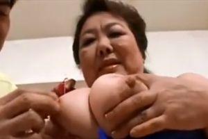 50代豊満人妻のまんこパンパン犯す無料人妻SEXムービー
