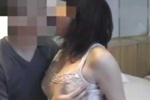 40代美巨乳人妻とじっくり愛し合う無料夜の営みムービー