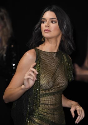 Kendall-Jenner-See-Through-300512 (2)
