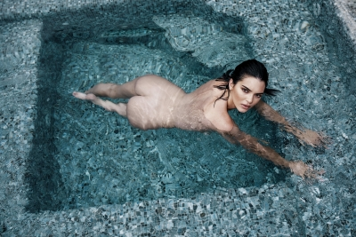 Kendall-Jenner-Nude-300911 (4)