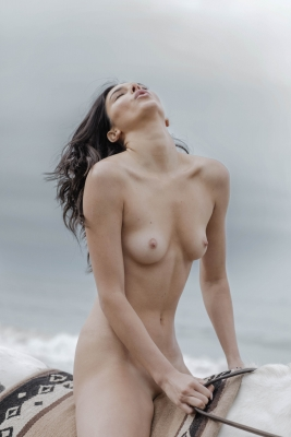 Kendall-Jenner-Nude-300911 (16)