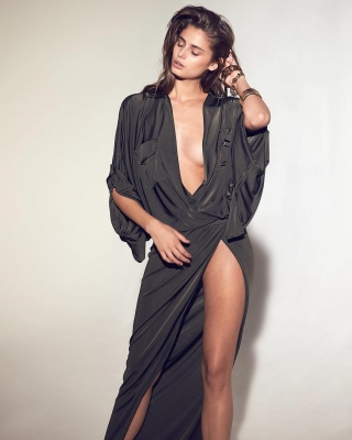 Taylor-Marie-Hill-301124 (22)