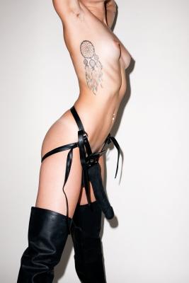 Miley-Cyrus-300105 (11)