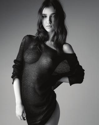 Paula-Bulczynska-Nude-300412 (1)