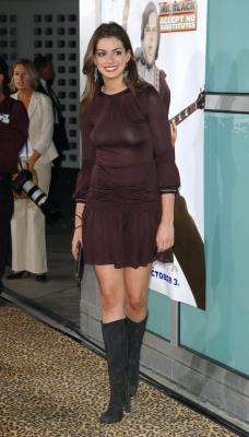 Anne Hathaway-300616 (6)