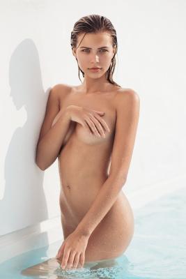 Sandra-Kubicka-nude-300711 (3)
