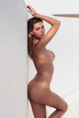 Sandra-Kubicka-nude-300711 (11)