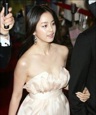 kim-tae-hee-300826 (10)