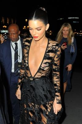 Kendall-Jenner-300913 (5)