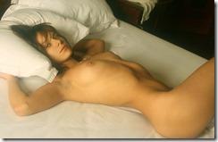 nude-310427 (2)