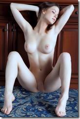 nude-310401 (5)