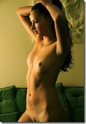 nude-3103082 (3)