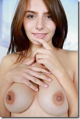nude-3010273 (6)