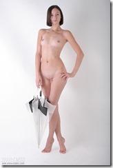 nude-300920 (4)