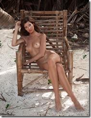 Sarah-McDaniel-Nude-300311 (2)