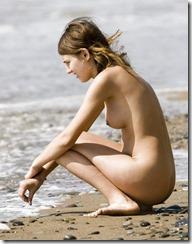 nudistbeach-301225 (4)