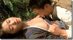 actress nude-310301 (2)