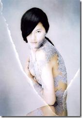 esumi-makiko-301214 (6)