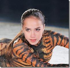 Alina Zagitova-300223 (1)