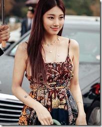 Suzy-011002 (5)