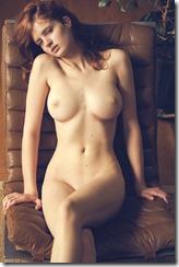 nude-301006 (3)