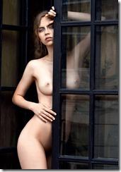 nude-010515 (3)