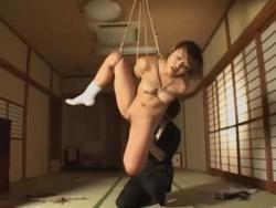【Pornhub】美女が緊縛師に縛られ本格調教を受ける!!!(約20分動画) - エロビデオネット