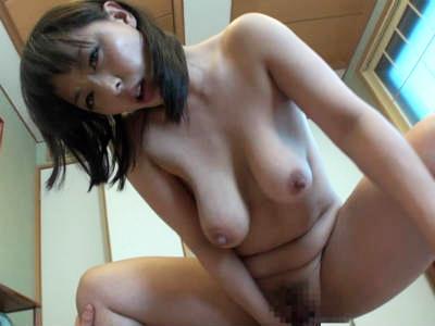 「もう入れちゃう」友達のお母さんにリードされながら童貞を奪われたボク 村上涼子