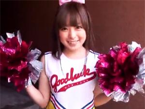 【今井ひろの】超美少女チアガールが元気の無いオヤジを手コキとフェラで応援!!