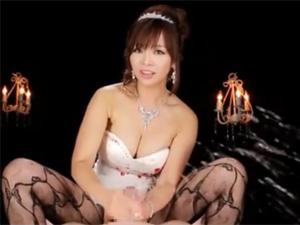 KAORI 元芸能人巨乳痴女の主観淫語手コキで大量射精!止まらない亀頭刺激で男の潮吹き!