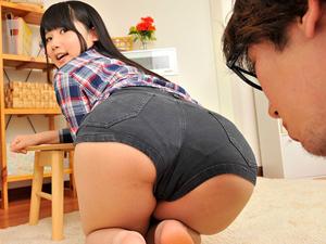 【宮崎あや】発育し過ぎのデカ尻がコンプレックスな妹とそのデカ尻に夢中の兄。
