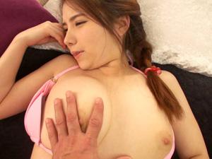 桜にこ 経験人数1人だけでピンク色乳首の現役保育士さんがAVデビュー