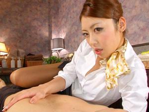 桜井あゆ 淫語を囁きながらパイ揉みさせ顔面騎乗でイクまでクンニさせて精神的に癒す美人エステティシャン