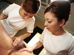 美人エステティシャン2人がアナルから前立腺を刺激してチンポには触れずに射精させる回春エステ