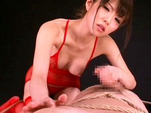 今村美穂 高速M男と乳首とチンポを徹底的に責め手コキ射精直後も亀頭刺激を続け男の潮吹き!
