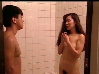 篠塚真樹子 巨乳体験